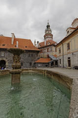 Fountain (roksoslav) Tags: českýkrumlov czechrepublic 2017 nikon d7000 sigma1020mm fountain fontana