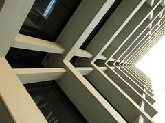 Straight (Ed Sax) Tags: ecke skelettbauweise beton architektur edsax abstrakt surreal dreieck fassade photoart photokunst hamburg freeandhansatownofhamburg downtown zentrum brandstwiete