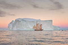 [ … sail away ] (Raymó) Tags: nikon sailing greenland grönland eisberg iceberg workshop fotoreise sunrise sunset travel landscape seacape summer midsummer