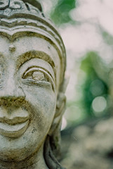 The Land of Smiles 1.0 | Nikon FE2 | Nikkor 50mm (f1.8) (IG @ Meandergraph) Tags: thailand krabi bangkok chiangmai phuket kohsamui travel asia southeastasia streetphotography film analog 35mm filmphotography nikon nikonfe2 nikkor50mm 50mm