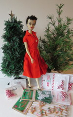 3. Deciding on a tree to decorate (Foxy Belle) Tags: playscale christmas tree doll barbie 16 scale faux miniature dollhouse 3 ponytail pak red holiday diy make craft