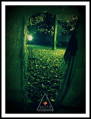 GreenLawn#00 (EK4T3 COLLECTIVE) Tags: ek4t3 ▲d3m0n▲ door27 leaves night nightmare magic absurd ethereal hypnagogic hypnotic shadow light frame board green lawn park garden hidden mysterious triangle experimental hypnosiswave materiaobscura dark darkness evil tree italy nowhere erba leaf albero
