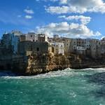 Polignano a Mare in una giornata di vento thumbnail