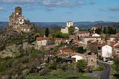 Léotoing (Lucille-bs) Tags: europe france auvergne hauteloire léotoing village château vue ruine