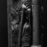 3 - Reims - Musée Saint-Remi - Fragment de sculpture funéraire représentant un archevêque assis, Reims, Vers 1160 thumbnail