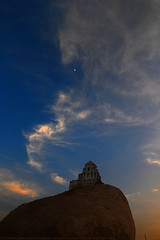 HOTLINE TO HEAVEN (GOPAN G. NAIR [ GOPS Photography ]) Tags: gopsorg gops gopsphotography gopangnair gopan photography heaven sky heavenly clouds hill temple malyavanta hampi moon twilight sunset evening raghunatha india karnataka