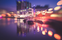 Barge restaurant (Dhina A) Tags: sony a7rii ilce7rm2 a7r2 lensbaby composer pro sweet 50 optic 50mm lensbabycomposerpro f25 bokeh art lens 2elements 1group manual focus emount creative photography blur belfast barge restaurant