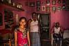 BADAMI : INTÉRIEUR (pierre.arnoldi) Tags: inde india canon karnataka badami pierrearnoldi photodefamille intérieur photoderue photooriginale photocouleur photodevoyage portraitdefamille