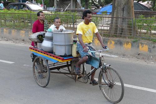 Raghu Dahi Bara Aloo Dum in Cuttack