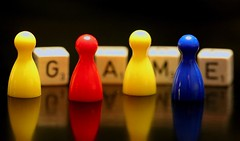 game (HansHolt) Tags: game pions pionnen dices dobbelstenen pieces spel red yellow blue rood geel blauw reflection reflectie weerspiegeling macro dof bokeh canon 6d 100mm canoneos6d canonef100mmf28macrousm