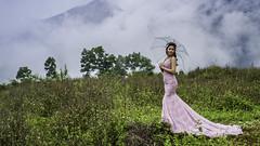 The Bride (voxpepoli) Tags: minhtân hàgiang vietnam vn bride wedding fog field sky landscape sposa matrimonio