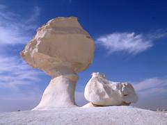 White desert (denismartin) Tags: egypt egypte middleeast denismartin farafradepression farafra saharaelbeyda واحة الفرافرة westerndesertofegypt geology mineral desert sand white cloud dakhla bahariya
