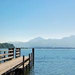 Prien am Chiemssee - Blick von der Parkanlage am Hafen auf den Chiemsee (4) thumbnail