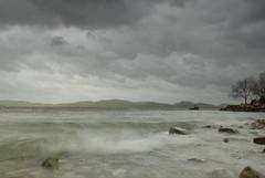 My ocean (luc.feliziani) Tags: trasimeno lake lago umbria wind tempesta vento nuvole grigio smeraldo