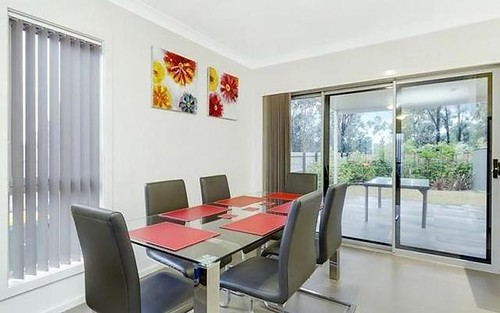 27 Lookout Circuit, Stanhope Gardens NSW
