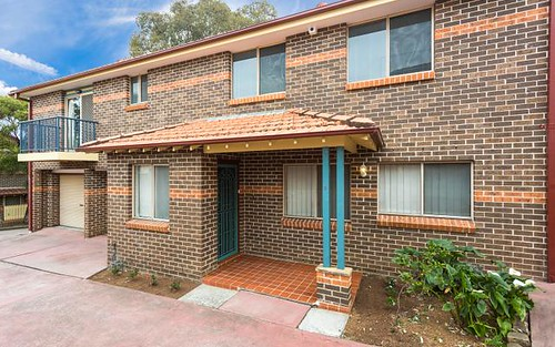 3/138 Greenacre Road, Greenacre NSW