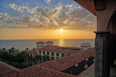 Sunset Maspalomas - Gran Canaria (PLADIR) Tags: sunset maspalomas grancanaria sun sony a77 slta77ii wolken clouds architektur architecture outdoor ocean sea meer holiday urlaub reisefotografie travelphotography hotel lopesancostameloneras