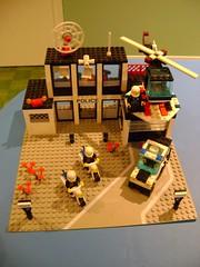 Rare vintage 1986 Lego set 6386 (tekmoc17) Tags: lego set vintage rare town city brick minifigure police station command 1986 base