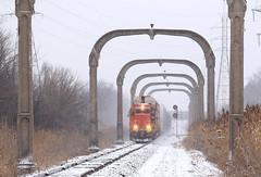 Pennford (GLC 392) Tags: gtw grand trunk western arches dti detroit toledo ironton railroad railway train l572 5936 emd sd402 pennford penn ford diamond concrete snow signal mi michigan taylor csx lincoln secondary