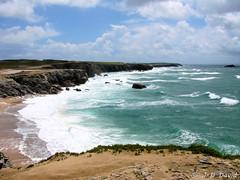 Côte sauvage 07 (jean-daniel david) Tags: mer paysage vague sauvage côtesauvage quiberon france bretagne morbihan nuage bleu rocher falaise eau océan atlantique