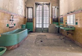 industrialBathroom