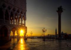 Venezia (Ruinenvogel) Tags: venedig venice venezia venise piazzasanmarco sanmarco palazzo palace dogenpalast palazzodeldoge
