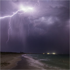 Coogee lightning (beninfreo) Tags: lightning storm bolt cg thunder coogee fremantle westernaustralia australia weather cloud light dark contrast beach sea pelican colour canon 1740mm 5d3