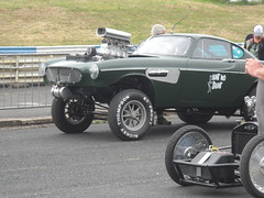 Nostalgia Nationals, Shakespeare County Raceway, 26th June 2017 (ukdaykev) Tags: nostalgianationalsshakespearecountyraceway26thjune2017 nostalgianationals 2017 car classiccar classictransport classic customcar stratford stratforduponavon shakespearecountyraceway streetmachine avonparkraceway avonpark avonparkracewaystratforduponavon dragracer dragracing dragster drag vehicle volvo gasser