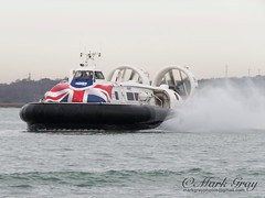 Island Flyer (Mark Gray Photos) Tags: portsmouth harbour hovercraft island flyer hovertravel