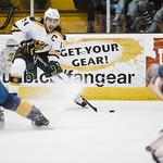 2017_11_25GoldenBearsHockey (21) thumbnail