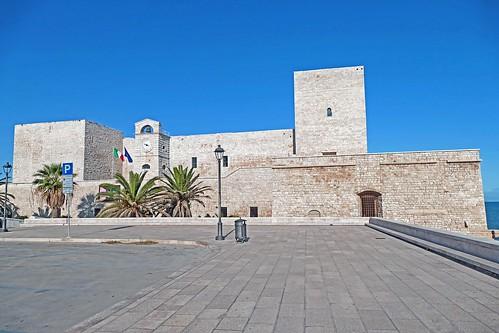 Italie, le Castello Souabe dans la ville de Trani