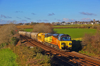 70816+railvac+cement on the 6X54 Burngullow junction to Westbury at Bolitho, Liskeard on the 1st December 2017