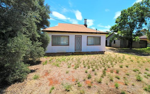 160 Merrigal St, Griffith NSW 2680