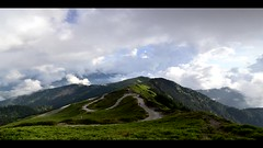 Time Lapse, Mountain  Hehuan , 4K Time Lapse (Vincent_Ting) Tags: 合歡山 合歡主峰 夕照 sunset 雲海 雲 clouds 主峰登山口 sky 南投縣 仁愛鄉 台灣 taiwan formosa 高山 雲彩 夕彩 flare 日芒 星軌 星空 star startrails trails 車軌 night 霞光 crepuscularrays glow mountain moonlight 月光雲海 松雪樓 太魯閣國家公園 銀河 milkyway galaxy 日出 sunrise 武嶺 昆陽 hthehuan 玉山杜鵑 高山杜鵑 玉山箭竹 虎杖 vincentting mountainhehuan seaofclouds 4kvideo timelapse 縮時攝影