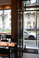 DSC_2587 (fdpdesign) Tags: design fdpdesign italia italy furniture led lights milano milan shopdesign sushi bar cocktails legno wood cerdisa ora neta specchio specchi 2017
