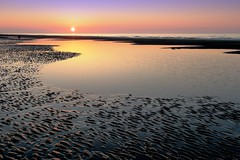 Sunset on the beach (massonth) Tags: sunet beach water sae waves colors sun orange landscape sunscape