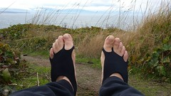 photo_2017-11-26_14-39-57 (bfe2012) Tags: barefoot barefooting barefoothiking barefeet soles barefooter dirty feet toes