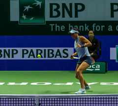 20171025-0I7A2168 (siddharthx) Tags: singapore sg simonahalep carolinegarcia elinasvitolina wtasingapore tennis womenstennis singaporeindoorstadium power grace elegance contest competition 1seed 4seed 6seed 8seed champions rally volley serve powerfulserves focus emotions sports wtatour porscheservesspeed bnpparibas stadium sport people wta winner sign crowd carolinewozniacki portrait actionshots frozenintime