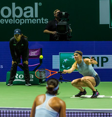 20171025-0I7A1941 (siddharthx) Tags: singapore sg simonahalep carolinegarcia elinasvitolina wtasingapore tennis womenstennis singaporeindoorstadium power grace elegance contest competition 1seed 4seed 6seed 8seed champions rally volley serve powerfulserves focus emotions sports wtatour porscheservesspeed bnpparibas stadium sport people wta winner sign crowd carolinewozniacki portrait actionshots frozenintime
