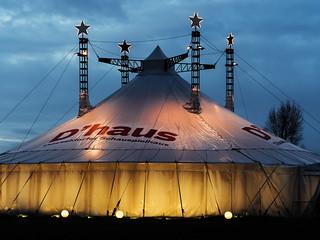 Düsseldorf - D´haus des Schauspielhauses