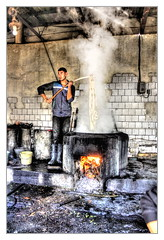 Margilan UZ - Yodgorlik Silk Factory 04