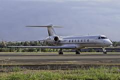 cs-dkh-fala (BlackburnMike_1) Tags: netjets gulfstream5 gulfstream bizjet lanseria aviation jet olympus 4015028 omd em1mkii csdkh fala businessjet airplane aircraft