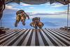 Lançando-se para o desconhecido. (Força Aérea Brasileira - Página Oficial) Tags: 2015 brazilianairforce buscaesalvamento carranca fab forçaaéreabrasileira fotojohnsonbarros johnsonbarros operacaocarrancaiv pqd saltolivre paraquedista florianópolis sc brazil bra 150311joh4494cjohnsonbarros