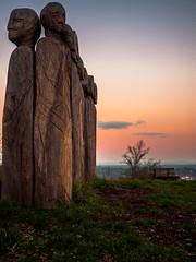 Art on the hill... (Explore 10.11.17 #44) (davYd&s4rah) Tags: indiansummer orange bavaria bayern regensburg kallmünz fall autumn langzeitbelichtung longtimeexposure sonnenuntergang sunset dawn holz wooden skulptur scuplture kunst art olympus em10markii m1240mm f28 olympusm1240mmf28