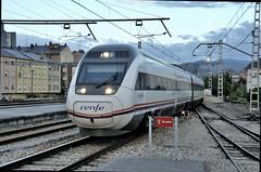 MADRID-PONFERRADA (Andreu Anguera) Tags: ferrocarril tren s121 alvia estación ponferrada león andreuanguera