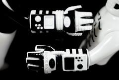 Skull Toys x Punk Drunkers. (Nicholas Fung) Tags: realxhead rxh real head realhead punk drunkers punkdrunkers pds skeleton sofubi sofvi vinyl toy toys action figure power glove aitsu gaitsu guy2 japan japanese soft softvinyl sofuvi japanesetoys toypizza vinyltoys ソフビ