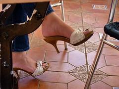 Withe Sandals Green Toe  Nails (Mr Captain Morgan & La Capitana.) Tags: fetish feet foot soles heels sandals platforms clogs shoes mules slides shoeplay sexy pie pies zuecos solas mulas zapatos tacones füse fussohlen schuhe toeffler töffler holzclogs klox klogs kloks zoccoli rough cracked callous piede tacchi xsuole pieds talons tamancos sandalen sandalias dipping wrinkles dirty sandali scrunch scrunching toes highheels high wedge wedgies ankle chunky worn piedi wooden pedicure red shoeplaying milf cork smelly pantoletten calzado macrofotografía