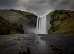 Pay per View (Robgreen13) Tags: iceland skogafoss waterfall landscape clouds longexposure river