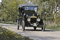 Ford Model T Touring 1915 (3679) (Le Photiste) Tags: clay fordmotorcompanydearbornmichiganusa fordmodelttouring cf fordmodeltseriestouring americanoldtimer americanicon simplyblack 1915 elfstedenoldtimerrally fryslânthenetherlands thenetherlands afeastformyeyes aphotographersview autofocus alltypesoftransport artisticimpressions anticando blinkagain beautifulcapture bestpeople'schoice bloodsweatandgear gearheads creativeimpuls cazadoresdeimágenes carscarscars oldcars canonflickraward digifotopro damncoolphotographers digitalcreations django'smaster friendsforever finegold fandevoitures fairplay greatphotographers groupecharlie giveme5 peacetookovermyheart hairygitselite ineffable infinitexposure iqimagequality interesting inmyeyes livingwithmultiplesclerosisms lovelyflickr myfriendspictures mastersofcreativephotography niceasitgets photographers prophoto photographicworld planetearthtransport planetearthbackintheday photomix soe simplysuperb slowride saariysqualitypictures showcaseimages simplythebest thebestshot thepitstopshop themachines transportofallkinds theredgroup thelooklevel1red simplybecause vividstriking wow wheelsanythingthatrolls yourbestoftoday oddtransport