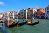Venezia : Three gondolies (Pantchoa) Tags: grandcanal eau gondoles gondolier palais architecture ciel bleu italie vénétie nikon tokina 1228mmf4 trois venise clocher campanile église